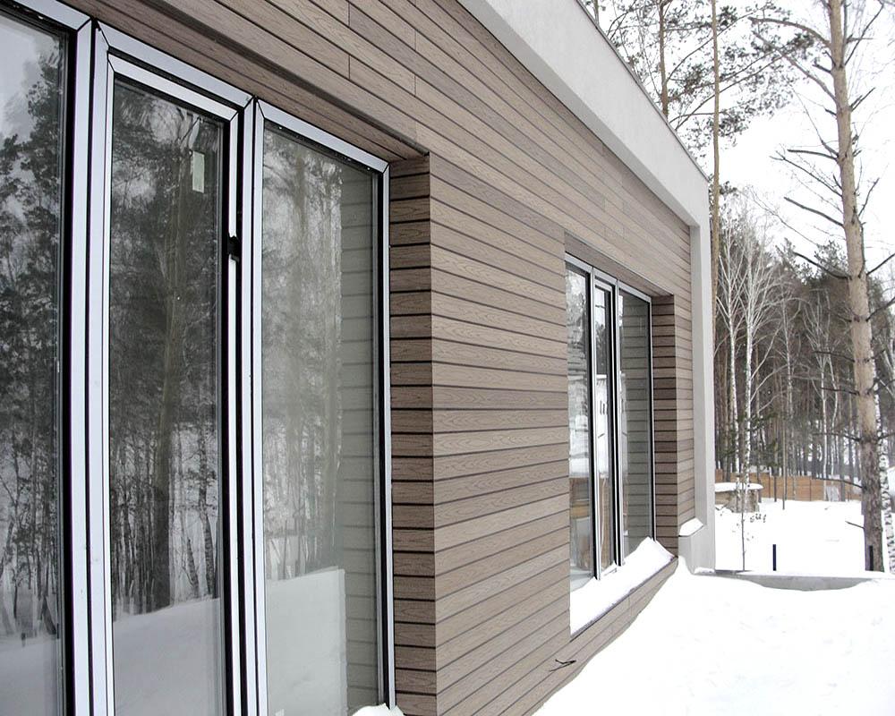 Древесно-полимерные панели в обшивке фасада