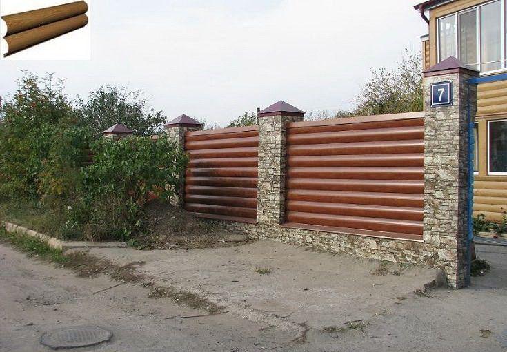 Металлосайдинг в облицовке дома и ограждения