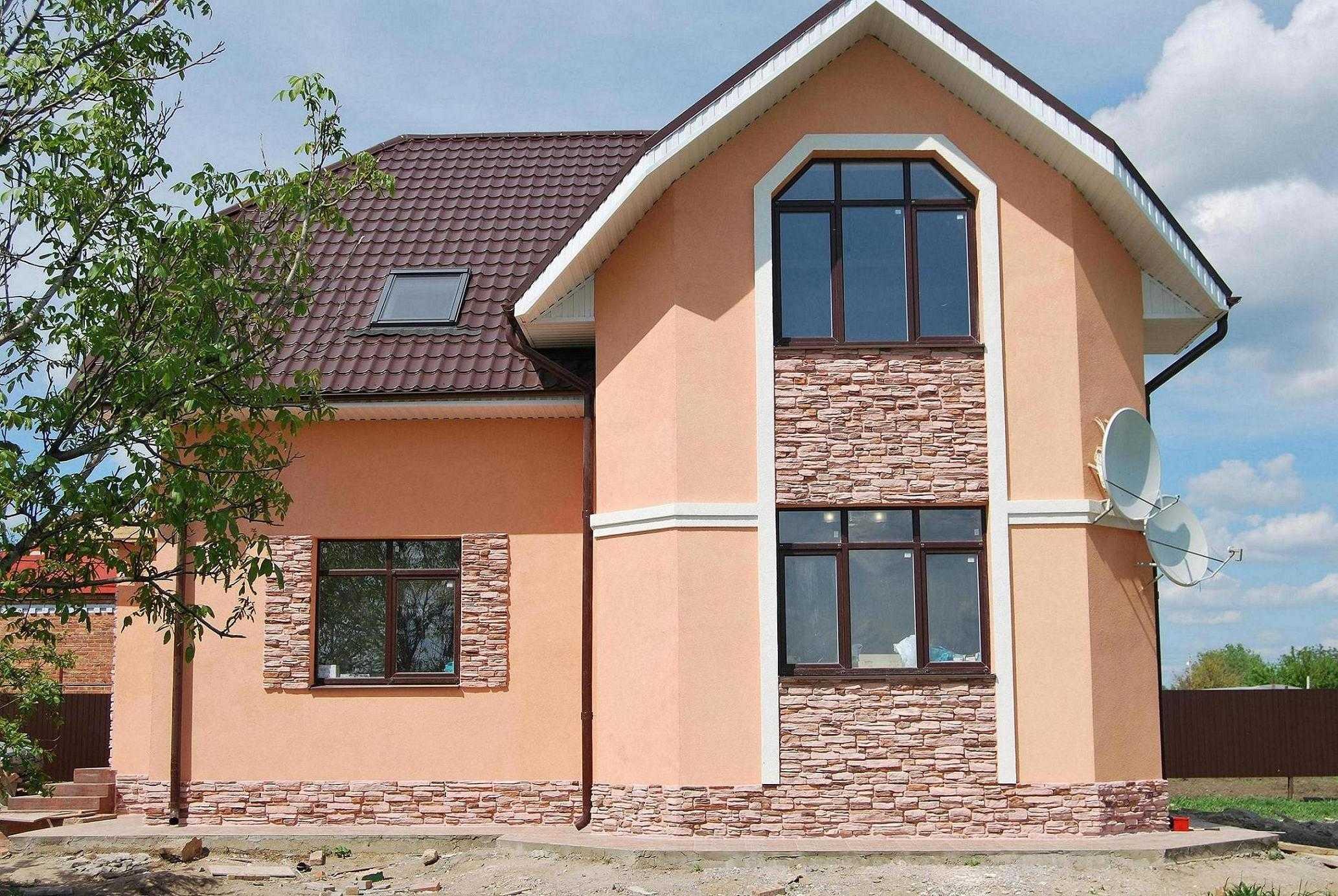 Отделка фасадов домов какой лучше