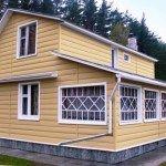 Как обшивать сайдингом дом: видео и инструкция