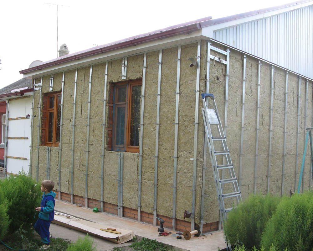 Утеплённый фасад готовый к монтажу сайдинга