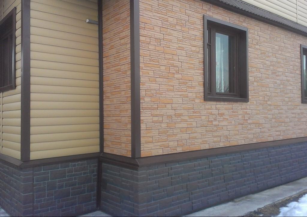 Комбинирование разных видов винилового сайдинга, на одном фасаде