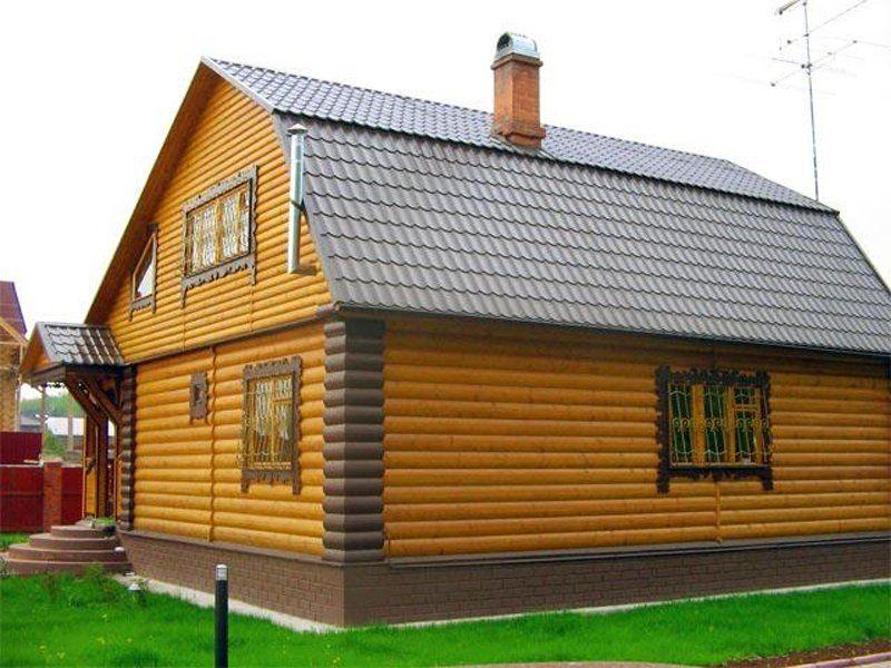 Металлический сайдинг с имитацией блок хауса, способен любой дом превратить в натуральный сруб