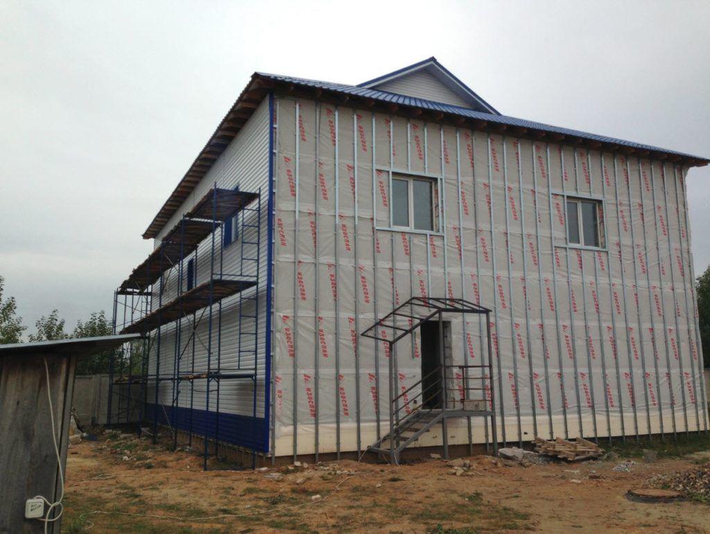 Вид фасада с установленными профилями