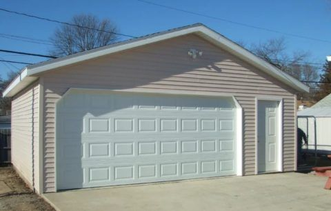 Облицовка стен гаража может быть столь же эстетичной, как отделка дома