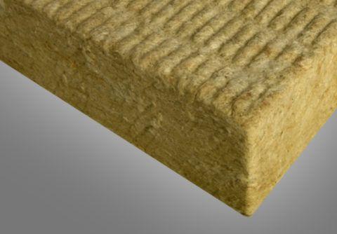 Вода быстро пропитывает волокнистый материал и лишает его способности удерживать тепло