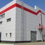 Вентилируемая облицовочная конструкция производственного комплекса